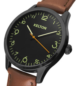 Pilote brown watch kelton man
